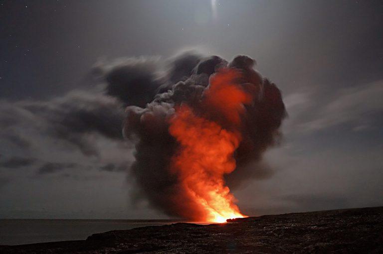 Buch Vulkanausbruch 2